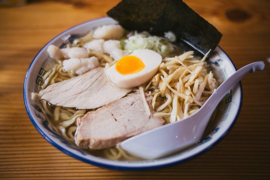 Ramen ou Lamen: nomes da comida japonesa